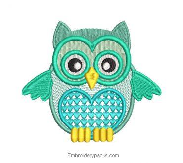 Cute owl heart embroidery